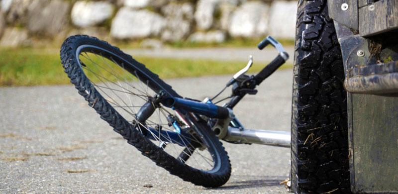 Bicycle hit by a car | Kentucky Bicycle Injury Lawyer